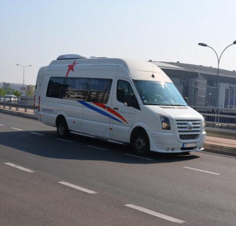 iznajmljivanje-minibusa